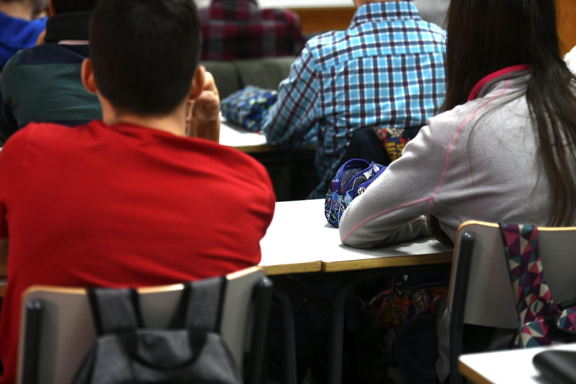 Aumenta la desigualdad en educación: la mitad de los alumnos pobres repiten curso