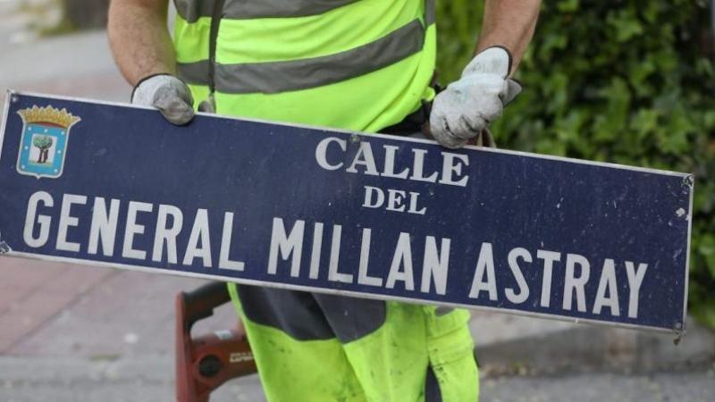 Almeida vuelve a colocar al general franquista Millán Astray en el  callejero de Madrid | Público