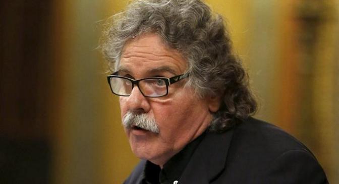 La Guardia Civil multa a Joan Tardá y a otro dirigente de ERC por llevar CAT en la matrícula del coche