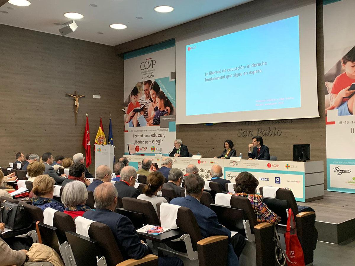 Defensores de la censura parental preparan un encuentro en Bilbao con apoyo de obispos