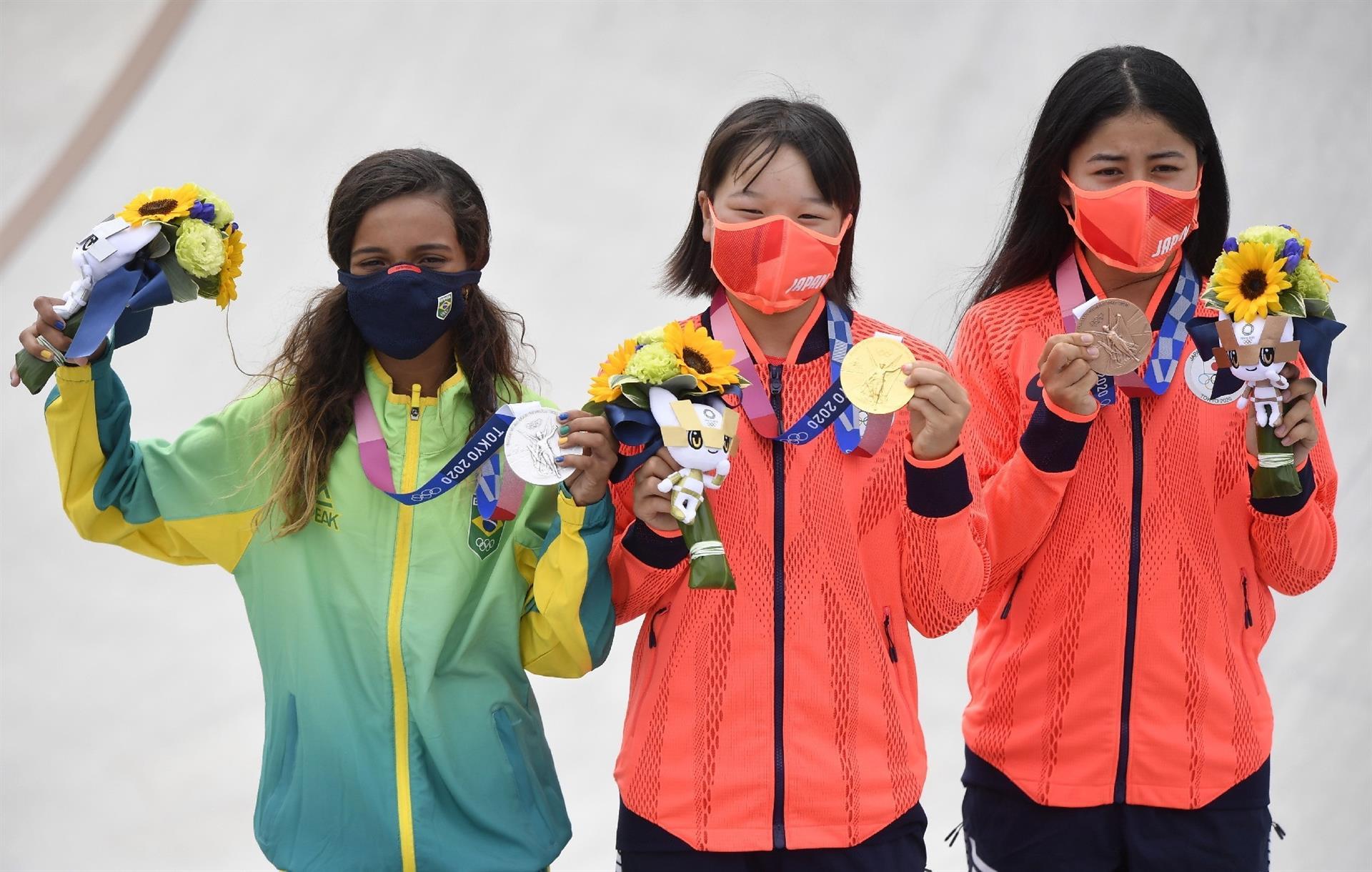 El skate femenino deja podio olímpico más joven hasta la fecha