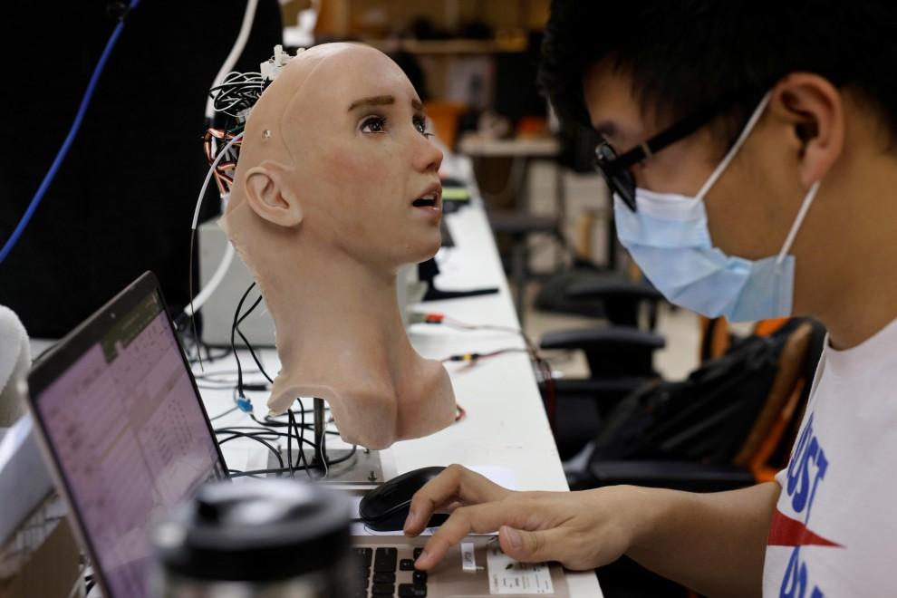 Coronavirus: Conoce a Grace, el primer robot sanitario diseñado para tratar  a los pacientes de covid-19 | Público