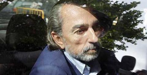 Francisco Correa, camino de una comparecencia en el juzgado. EFE