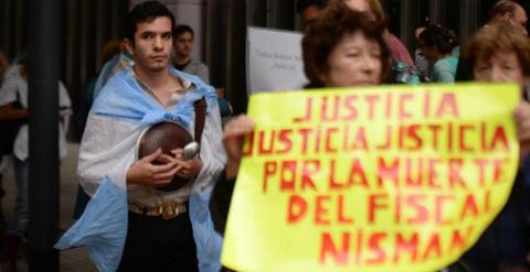 Protesta por la muerte del fiscal Alberto Nisman en Buenos Aires. / EFE