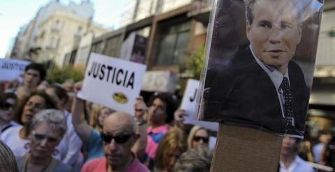 Protesta para exigir justicia tras la muerte de Nisman. / EFE