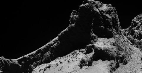 Paisaje del cometa 67P, portada esta semana en la revista Science. / ESA/OSIRIS Team
