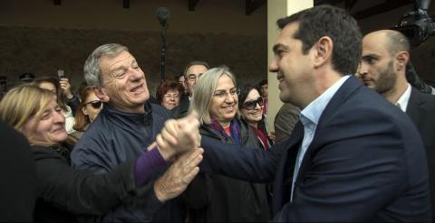 El líder de Syriza, a su llegada al parque.