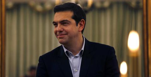 El nuevo primer ministro griego, Alexis Tsipras, durante la ceremonia de juramento de sus nuevos ministros en el Palacio Presidencial de Atenas. REUTERS/Yannis Behrakis