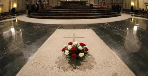 Vista del interior de la basílica del Valle de los Caídos lugar donde está enterrado el dictador Francisco Franco. EFE/Archivo