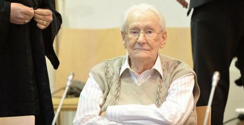 Comienza en Alemania el juicio contra 'el contable de Auschwitz' 55360f0e1ff20.r_1429631840273.0-5-800-417