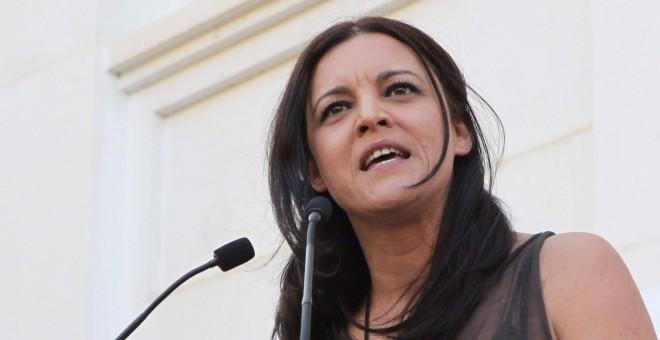 La eurodiputada Marisa Matias, del Bloco de Esquerda, ha participado hoy en el acto en apoyo de la candidata a la alcaldía de Barcelona de BComú, Ada Colau. EFE/Toni Garriga