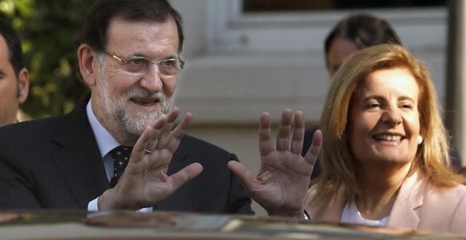 El presidente del Gobierno, Mariano Rajoy, junto a la ministra de Empleo y Seguridad Social, Fátima Báñez.- EFE