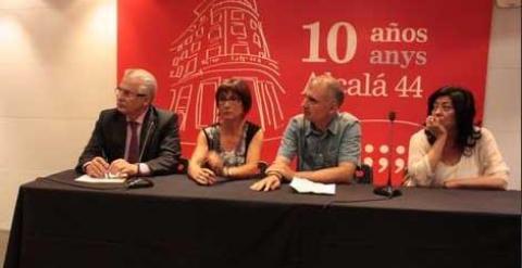 Baltasar Garzón, Montserrat Armengou, Ricard Belis y Almudena Grandes durante la presentación en Madrid del documental 'Los internados del miedo'. /Blanquerna