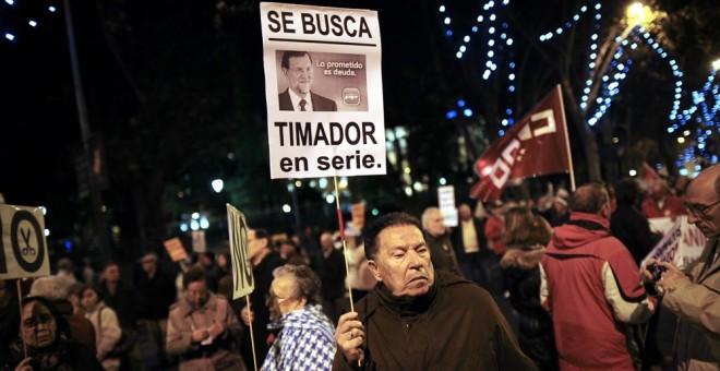 Rajoy quiere utilizar a viudas y huérfanos para maquillar las cuentas de la Seguridad Social