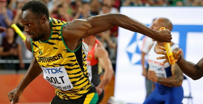 Bolt, durante la final del 4x100. REUTERS/Phil Noble