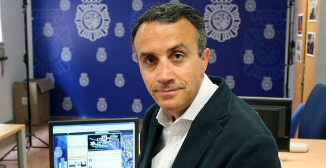 Iberdrola ficha al 'community manager' de la Policía que logró casi dos millones de seguidores en Twitter