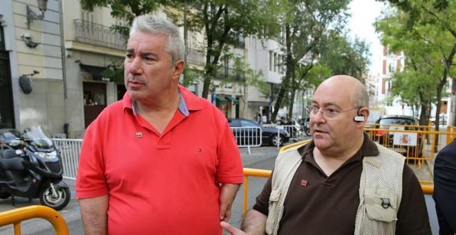 El presidente y el vicepresidente de la Asociación de Víctimas de la Talidomida en España (Avite), José Riquelme y Rafael Basterrechea. - EFE