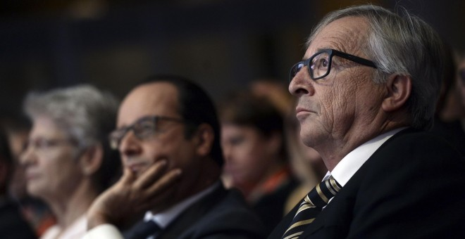 Jean Claude Juncker y el presidente Francois Hollande./ REUTERS/Stephane de Sakutin/Pool