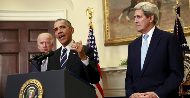 Obama, junto al Vicepresidente Joe Biden y el Secretario de Estado John Kerry