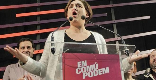 Ada Colau valora los resultados en la estación del Norte, en Barcelona. EFE/Marta Pérez