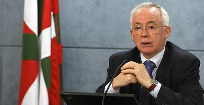 El ex consejero de Justicia del Gobierno Vasco y portavoz de la red ciudadana Sare, Joseba Azkarraga. EFE/David Aguilar