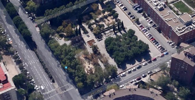 Vista aérea del jardín que se dedicará a 'La Nueve'. Google Maps