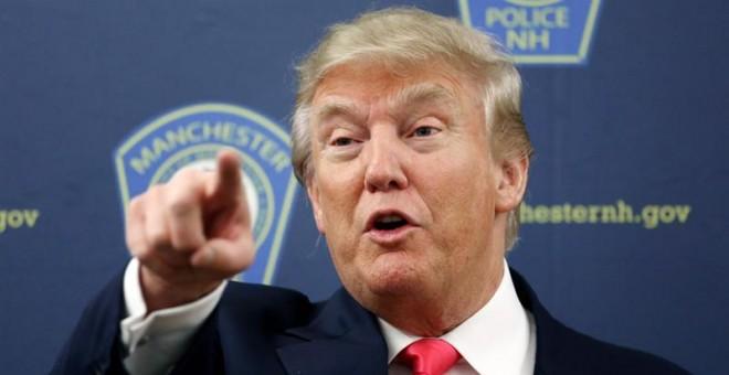 El magnate y aspirante a la candidatura presidencial por el partido Republicano, Donald Trump, habla durante un discurso ante miembros del departamento de policía de Manchester, hoy, jueves 4 de febrero de 2016, en Manchester, Nueva Hampshire. Las primari