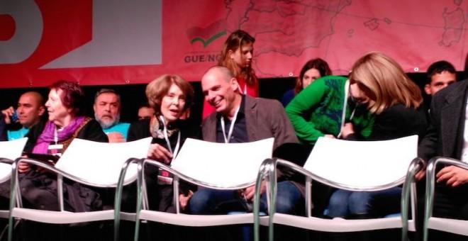 Susan George y el exministro Varoufakis durante las jornadas del Plan B en el Matadero de Madrid. Cuarto Poder.