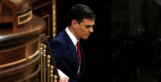 El lider del PSOE, Pedro Sánchez, tras intervenir en su turno de réplica al líder de Podemos, Pablo Iglesias. EFE/Chema Moya