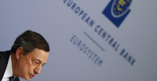 El presidente del BCE, Mario Draghi, durante la rueda de prensa mensual en la sede de la entidad. REUTERS/Kai Pfaffenbach