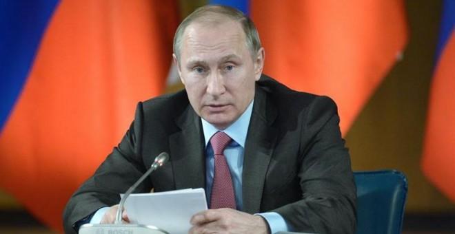 El presidente ruso Vladimir Putin durante la rueda de prensa del Consejo Estatal de Rusia celebrado en la ciudad de Yaroslavl, a 250 kilómetros al noreste de Moscú, Rusia. EFE/Alexey Nikolsky