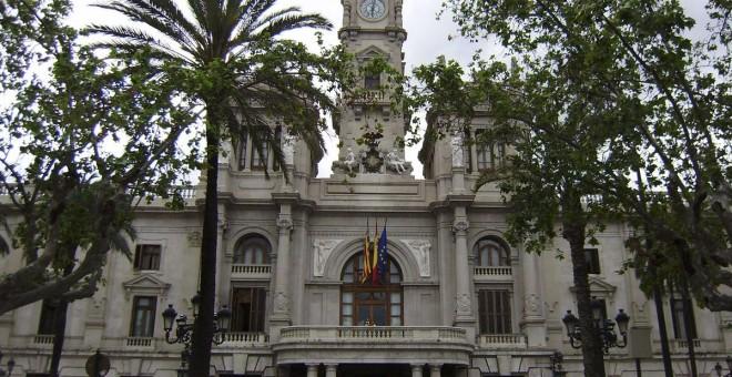El Ayuntamiento aprueba el cambio de nombre de la ciudad a 'València'