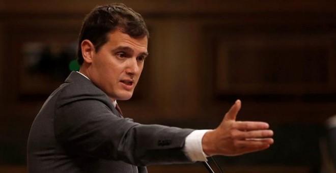 El líder de Ciudadanos, Albert Rivera, durante su intervención en el pleno del Congreso. EFE/Juan Carlos Hidalgo