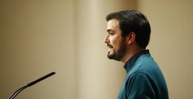 """Garzón aboga por poner fin al """"teatro"""" con la abstención de C's y la apertura de un """"proceso de ruptura democrática"""".- EUROPA PRESS"""