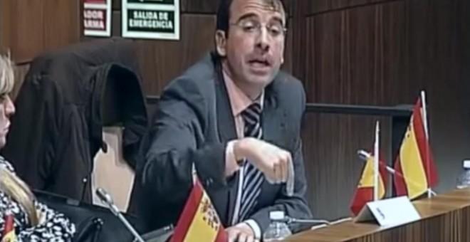 Contestación de Miguel Ángel Recuenco a Leganemos-Podemos, durante el pleno municipal de abril 2016