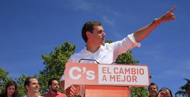 Albert Rivera, en el acto de campaña de Ciudadanos este domingo en Madrid. EFE