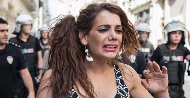 El cuerpo de la activista transexual, Hande Kader, ha sido encontrada quemada y mutilada