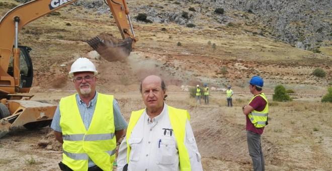 Caballero y Navarro en la primera jornada de trabajo en el Peñón del Colorado