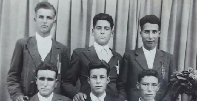 Grupo de trabajadores rurales portugueses. Libro Frontera y Guerra Civil Española