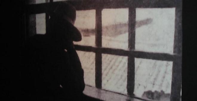 Elisa, fotografiada en la cárcel de Oporto, tras ser detenidas. / ARCHIVO NARCISO DE GABRIEL