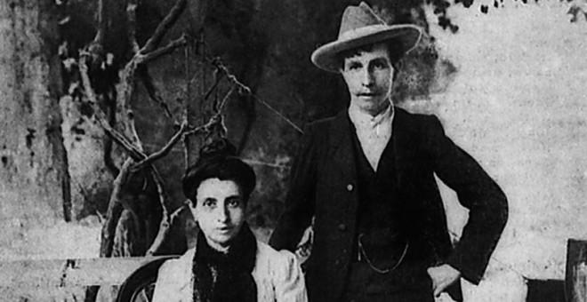 Marcela y Elisa, en Oporto, adonde huyeron tras ser perseguidas por las autoridades españolas. / ARCHIVO NARCISO DE GABRIEL