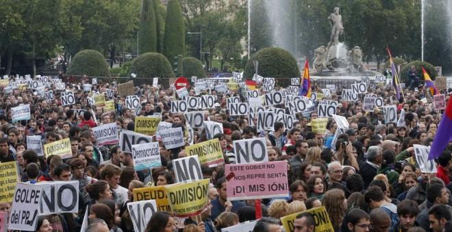 Una manifestación en la Plaza de Neptuno. REUTERS
