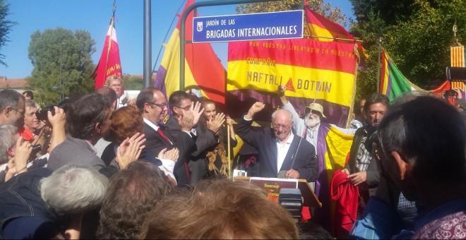 Joseph Almudever, uno de los cuatro brigadistas internacionales que aún vive, durante un homenaje en Madrid. - PC