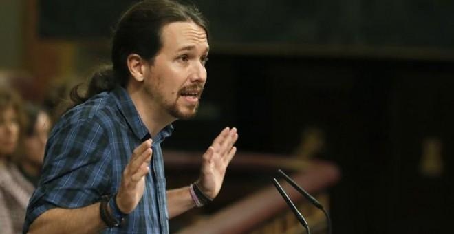 Imagen de archivo del líder de Podemos, Pablo Iglesias, durante su intervención en el debate de investidura. EFE/Javier Lizón