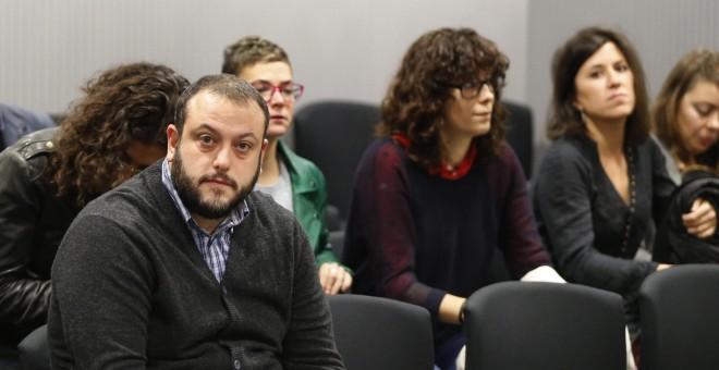 El concejal de Ahora Madrid Guillermo Zapata durante el juicio que se sigue contra él en la Audiencia Nacional por el tuit que publicó sobre Irene Villa en 2011. EFE/Mariscal