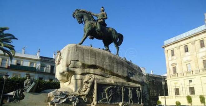 Estatua ecuestre del general Varela en San Fernando