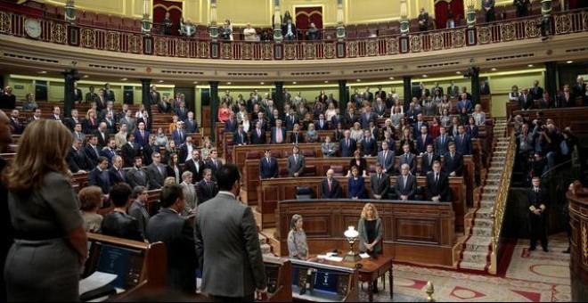 Los diputados del Congreso durante el minuto de silencia por Rita Barberá / REUTERS