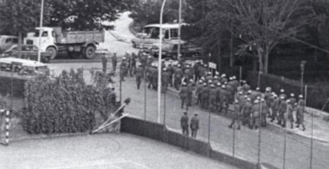 En 4 de junio de 1975 la policía asaltó Johnny, del que huiría Santiago Pazos la noche del 23-F. / FUNDACIÓN SAN JUAN EVANGELISTA