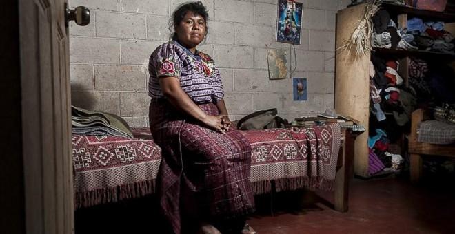Mariela Mujún, de 40 años, tiene cinco hijos y lleva más de 20 años casada con su esposo. Mariela ha sido víctima de violencia de género por parte de su marido./ GUILLERMO GUTIÉRREZ