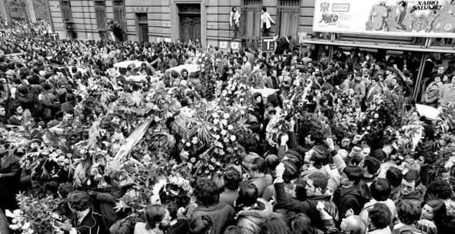Funeral multitudinario de los abogados de Atocha.
